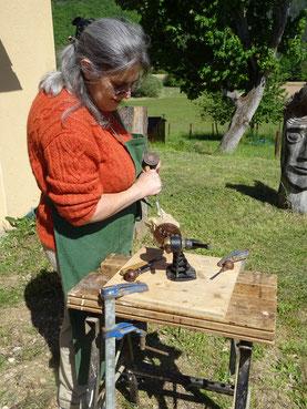 Stagiaire à l'atelier d'Olivier Legay sculpteur,peintre dans le Périgord.