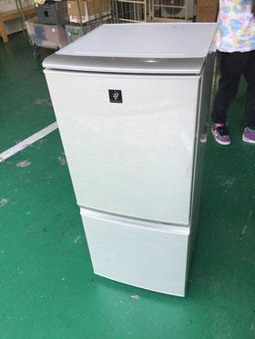 SHARP2ドア冷蔵庫11年製