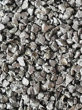Stahlkorn, Stahlkies, Strahlmittel, metallisch, Eisen, Stahlguss, kantig, Strahlkorn, Mehrwegstrahlmittel