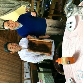 松田オーナーと棚川副代表の写真