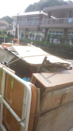 不用品回収後のトラックの積み荷写真