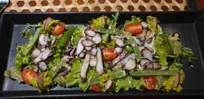 Sanak Retreat Abendessen Oktopussalat