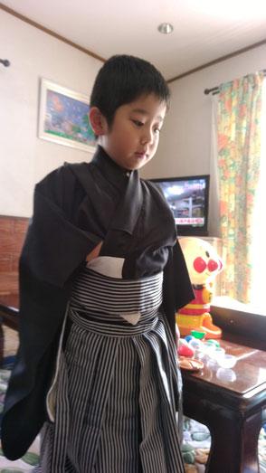 袴姿の子供の写真