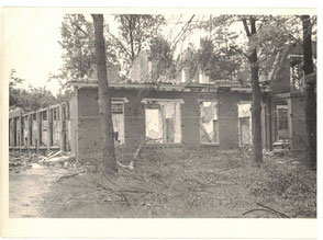 bomb damage at the linenroom on the Mental Hospital Grounds (Collection P. Reinders)