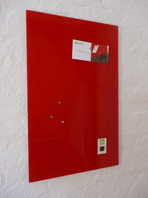 "Glasmagnettafel ""Leuchtendes Rot"" . 119,00 €"