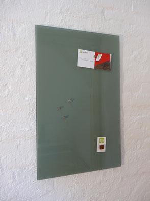 Glasmagnettafel Salbei Grün . 119,00 €