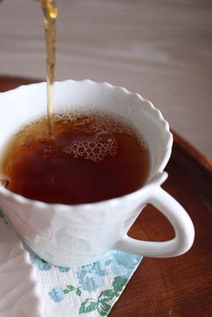 紅茶の入れ方で、味や風味も変わります。入れ方は簡単、少しのコツを押さえたらOK。動画もあるのでご覧ください