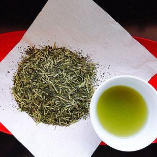 静香園の深蒸し茶棒茶