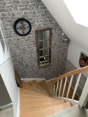 Tapete  Treppenaufarbeitung Treppenhausgestaltung Maler Halver
