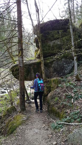 Manuela beim Wandern