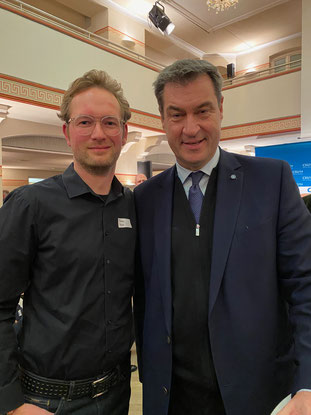Thomas Hanke (links) konnte mit dem Bayerischen Ministerpräsidenten Dr. Markus Söder das Anliegen bezüglich des BGS Sportfestes 2020 ansprechen.