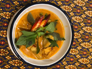 rotes-thai-curry-thai-kochkurs-bangkok-thailand