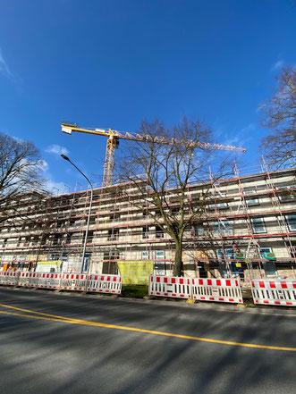 Eingerüstetes Gebäude Gartenstadt Werdersee (Foto 02/2020)