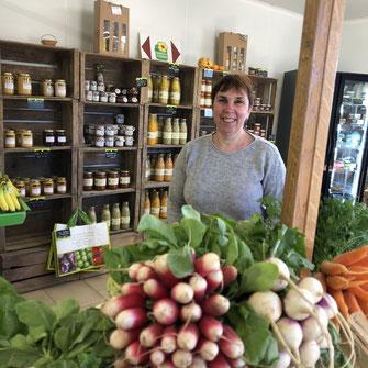 vente de légumes au magasin à la ferme des saveurs de gâtine