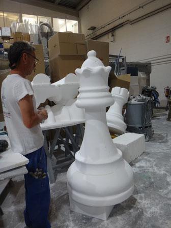 chess queen giant