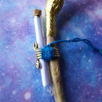 """Bâton de prière """"Lesracines du Ciel"""" - détail"""