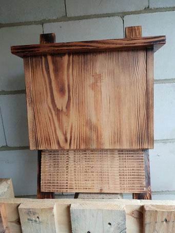 Fledermauskasten,  Unikat  aus der Holzwerkstatt von ASH-Sprungbrett e.V.