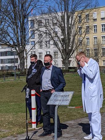 Kreitinger (Ordnungsreferent),  OB Jung, Dr. Wagner (Klinikum)