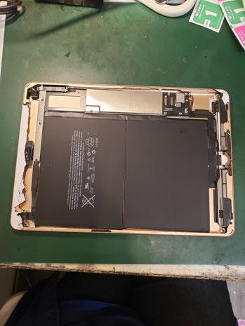 iPad6画面取り外し