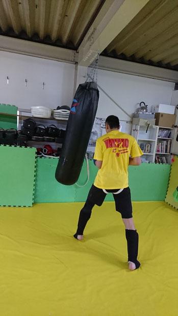 奈良県でキックボクシングするならteamYAMATO奈良新大宮支部に来てください。