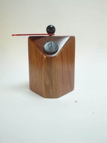 Chilimühle aus Zwetschgenhol