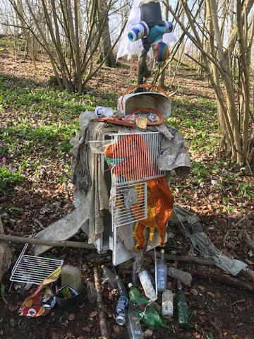 Müllfresser Waldkindergarten Waldfüchse Haxtergrund, 3-6 Jahre