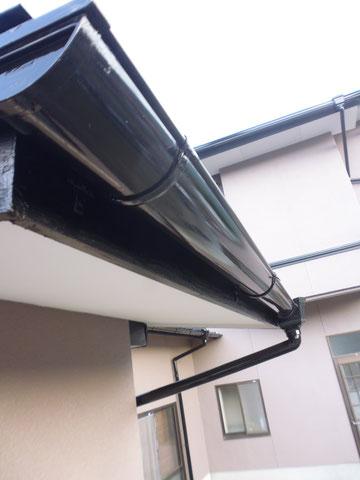 熊本県I様邸 外壁塗装 破風板塗装・樋塗装完成