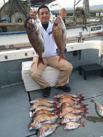 安心させてもらってます(^_-)-☆よう釣ります!! 62 60からの15fishお見事でした!