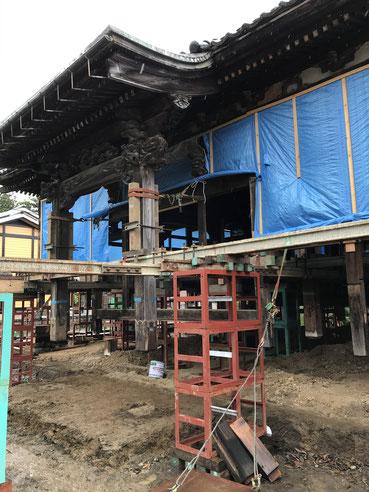 寺院本堂曳家工事、嵩上げ工事、建築設計事務所