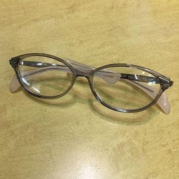 ライトグレー ¥19,800