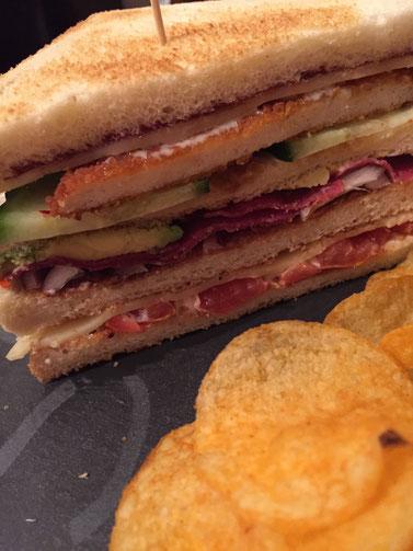 Rezept Club-Sandwich a la Maus mit Acovado, Schnitzel und Feigensenf