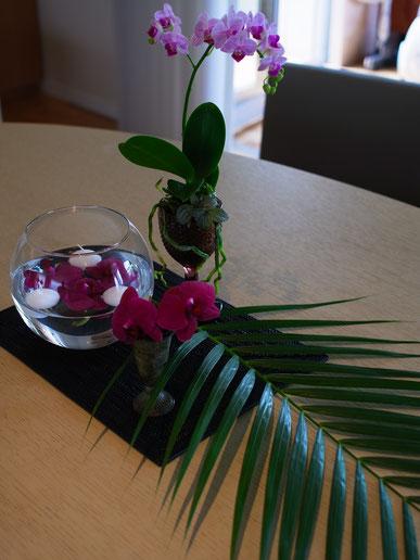 テーブルにも蘭たちを...