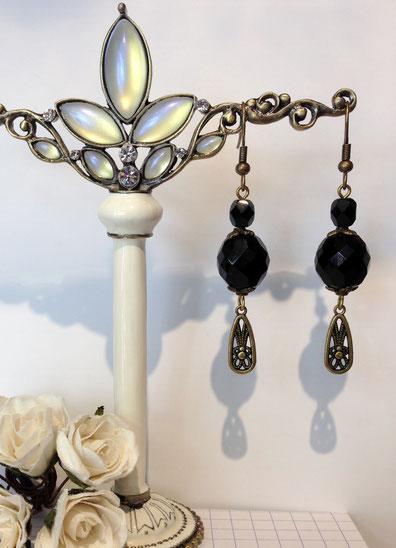 Boucles d'oreille de style victorien, des bijoux de Aux Dames de Jadis
