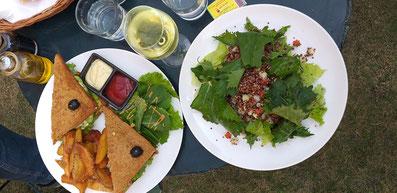 Avocado Sandwich und Quinoa Salat - Yummie!