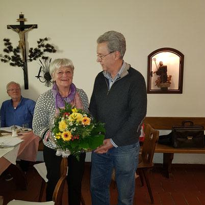 links: 1. Vorsitzende Tilly Grubwinkler, rechts: Werner Spitaler 3. Vorsitzender des TC Scheyern e.V.
