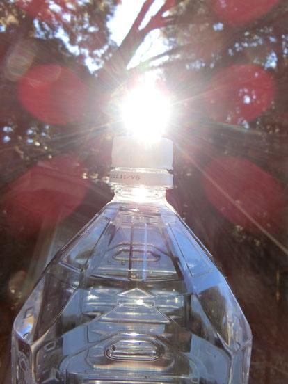 先日とある御神水を汲ませていただいてきました。