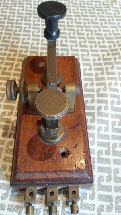 Italian postal telegraph key - Ing. De Rinaldis - BARI