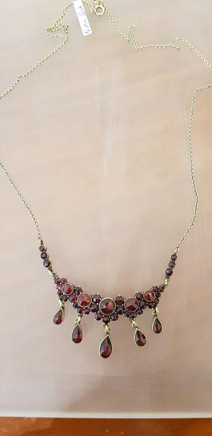 Granat Collier 2