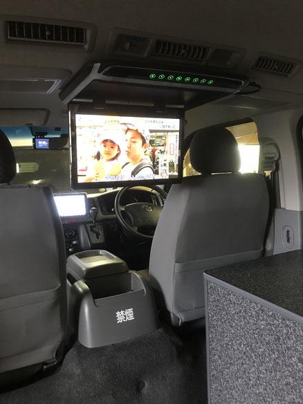 ハイエースで車中泊するならOSPのライトキャンパー