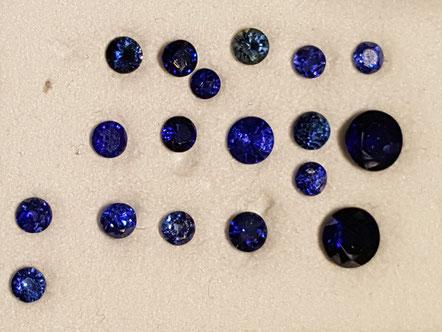 Runde Blau-Saphire facettiert