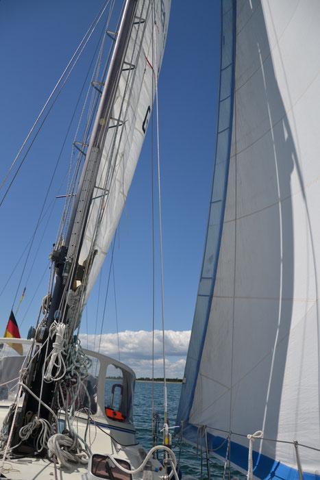Wir segeln nicht nur bei Sonnenschein - aber da ist es natürlich am schönsten!