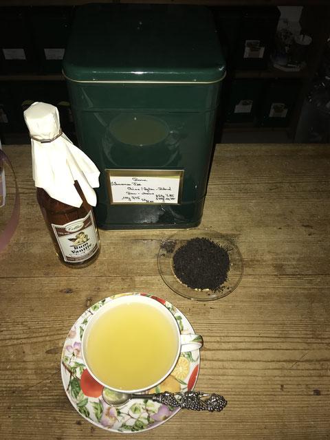 Zur Herbstzeit gibt es Tee mit Rum !