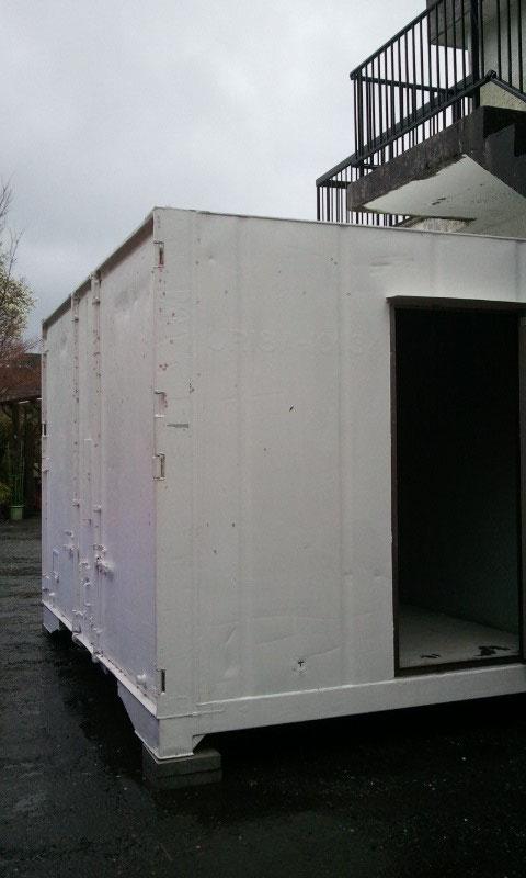 静岡県 M社様 貨物コンテナ保冷タイプホワイト塗装済ドア付き