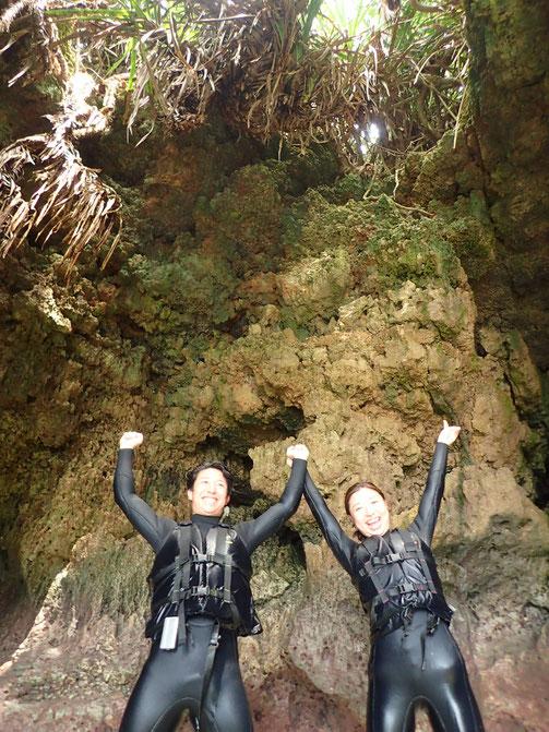 沖縄 宮古島 伊良部島 下地島 ピクニック シュノーケル シュノーケリング 青の洞窟 洞窟めぐり 三角点 伊良部大橋 ニモ クマノミ SUP スタンドアップパドル SUP相撲