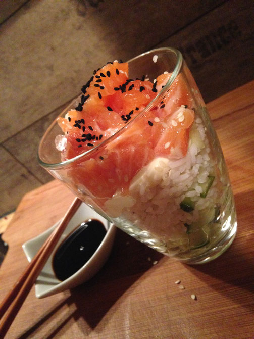 Rezept Sushi im Glas mit selbstgemachten Sushi Reis und Lachs