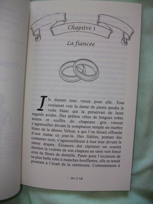 Chaque début de chapitre est orné d'une illustration