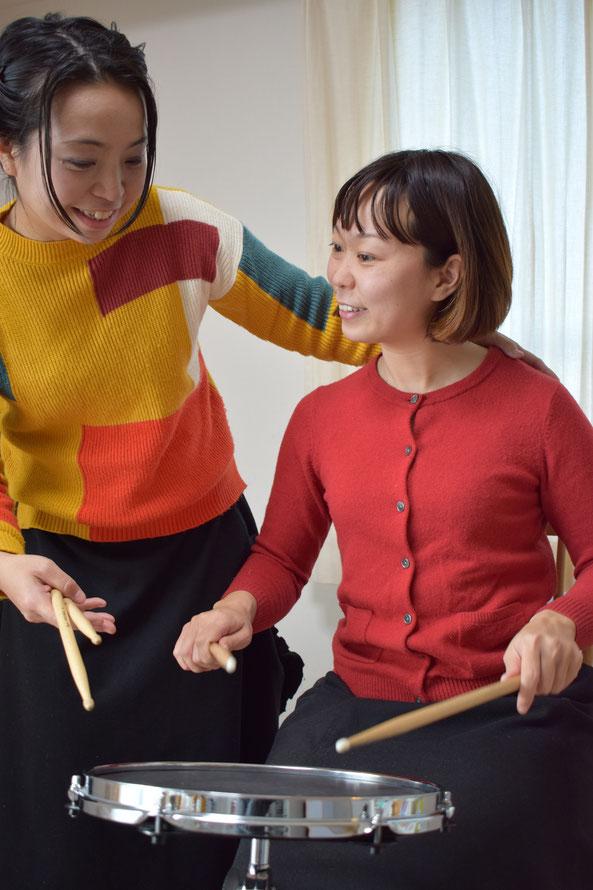 市川市の女性ドラム講師が指導を行っているドラム教室です。キッズから大人の方まで幅広くレッスンを行っています。体験レッスンも行っていますのでお気軽にお問い合わせください。