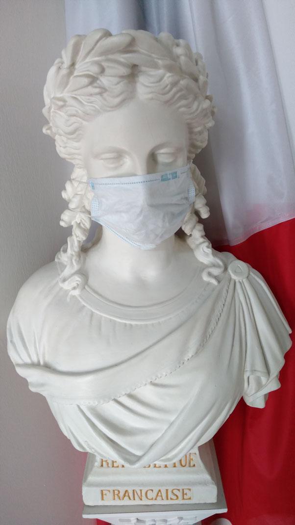Marianne, La République, n'est pas muselée, elle se protège du Coronavirus