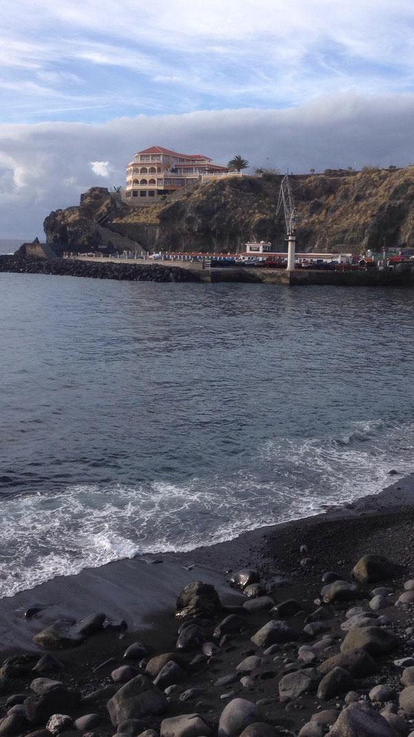 Blick auf den Hafen Playa San Marcos, Icod de los Vinos, Casa Madera,