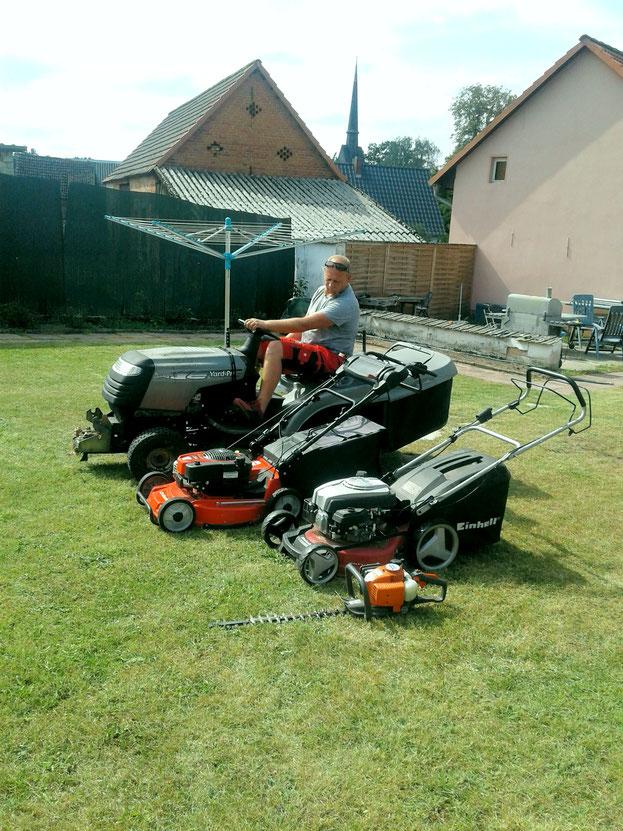 Rasen mähen für klein und groß ist kein Problem